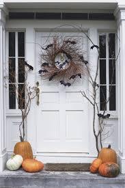 30 spooktacular outdoor halloween decorations front doors