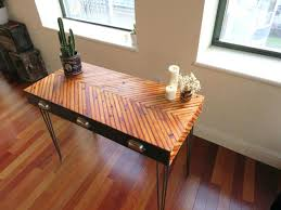 Diy Reclaimed Wood Desk Diy Reclaimed Wood Reception Desk Despecadilles