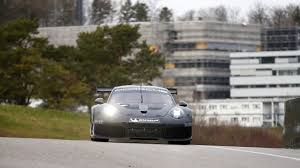 porsche 911 race car newmotoring this is the new porsche 911 race car some of it