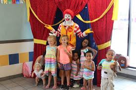 clown show for birthday party quinn s birthday party at mcdonald s live big