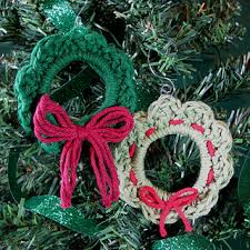 31 free crochet patterns for wreath ornament