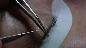 Eyelash Extensions San Antonio Tx Allergic Reaction To Eyelash Extensions Rare But Painful