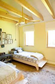 Blinds For Kids Room by Bedroom Ceiling Beams With Modern Ceiling Fan And Roman Blinds