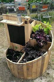 Cool Planters Recycled Pallet Wood Planters Pallet Wood Projects