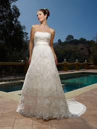 prices of wedding dresses wedding dresses prices wedding corners