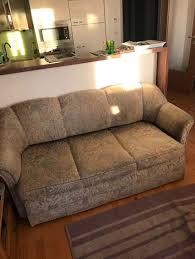 sofa verschenken sofa zu verschenken 0 2320 schwechat willhaben