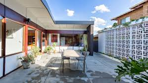 architect iwan iwanoff u0027s frank house is for sale in perth suburb