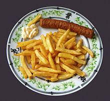 niederl ndische k che niederländische küche frikandel mit patat und mayonnaise