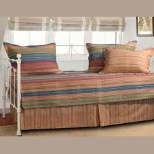 Beach Themed Daybed Bedding 1000 Daybed Ideas On Pinterest Daybeds Pallet Daybed Furniture Diy