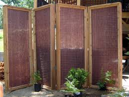 how to build a privacy screen for an outdoor tub mesh fabric