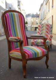 fauteuil ancien style anglais atelier et comptoir du tapissier fauteuil voltaire