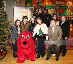 citysightseeing new york 2013 toy drive photos and images getty