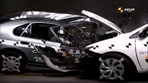 toyota auris suv 1998 toyota corolla vs 2015 toyota corolla auris crash test youtube