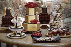15 delicious dessert tables ideas pink cake box