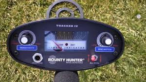 bounty hunter tracker iv metal detector how to operate and