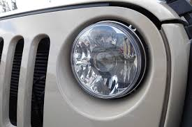 stock jeep headlights kc hilites gravity led pro 7
