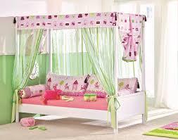 letto baldacchino letto a baldacchino alto sofia singolo spaziojunior store