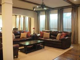 what accent color goes with grey combining and beige curtains