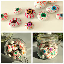 painted stones eyeballs for halloween daisies u0026 pie