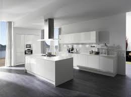 ilot cuisine blanc design interieur cuisine ouverte blanche minimaliste îlot central