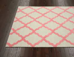 meknes trellis rug from decor wool by nuloom plushrugs com