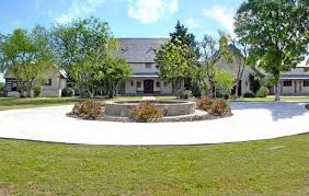Texas Sale Barn Magnificent Properties Com Luxury Real Estate Luxury Homes Dfw