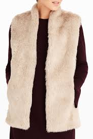 Faux by 9 Best Faux Fur Vests For Winter 2017 Faux Fur And Shearling Vests