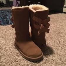 ugg womens laurin boots chestnut ugg boots uggs from costco in prefect condition only worn