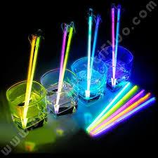 bicchieri fluorescenti miscelatori fluo per bibite