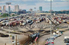 Backyard Fort Worth - union pacific davidson rail yard ft worth texas flickr