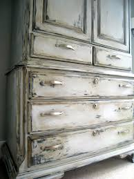 how much chalk paint do i need for kitchen cabinets how to sloan chalk paint the lilypad cottage