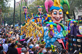the 5 types of people you u0027ll find at mardi gras