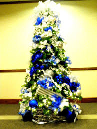 Blue White And Silver Christmas Tree - blue silver christmas tree christmas trees pinterest silver