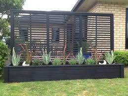 Backyard Screens Outdoor by Best 25 Privacy Fences Ideas On Pinterest Backyard Fences Wood