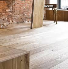 5 things to consider when choosing between solid hardwood flooring