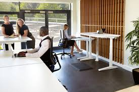 Height Adjustable Desks Uk by Jot Up Height Adjustable Sit Stand Desks Fully Accesible Cable