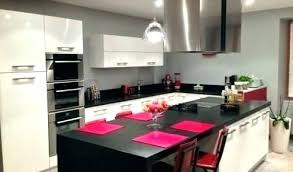 cuisine avec bar am駻icain cuisine equipee ouverte cuisine ouverte avec ilot table amenagee bar