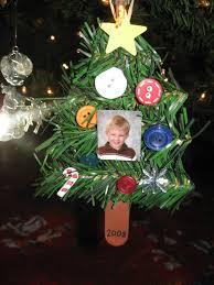 ornaments to make kindergarten crafts button