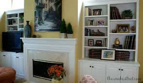 How To Decorate Bookshelves This Makes That - Family room shelving