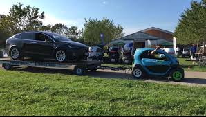 renault twizy renault twizy towing tesla model x is one way of showing ev torque
