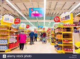 supermarket tesco stock photos u0026 supermarket tesco stock images