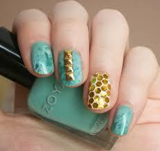 34 classy glitzy gold stud nail arts be modish