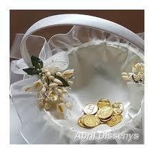 arras para boda cesta con calas para las arras complemento de boda sencillo y