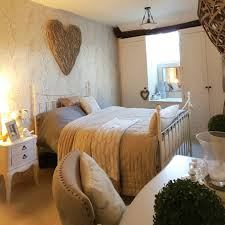 bedroom laura ashley wallpaper extra large wicker heart