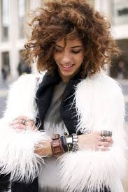 hairstyles curls medium length hair 99 best hair images on pinterest hairstyles curly bangs and