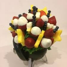 fruit arrangements nyc edible arrangements wall st gift shops 124 nassau st