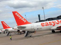 easyjet apologises after calling customer u0027s lawyer a u0027motherf r