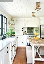 say yes to bright kitchen cabinetsbeach cottage designs beach