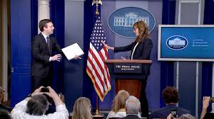 west wing u0027 actress crashes white house press briefing nbc news