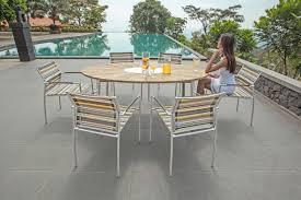 Esszimmertisch Aus Paletten Tisch Convex Von Zebra Möbel Ellipsenförmige Tischplatte Aus